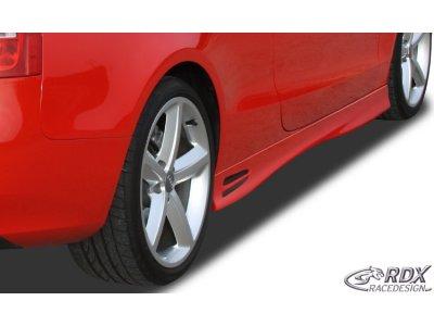 Накладки на пороги GT4 от RDX на Audi A5 8T Coupe / Cabrio рестайл