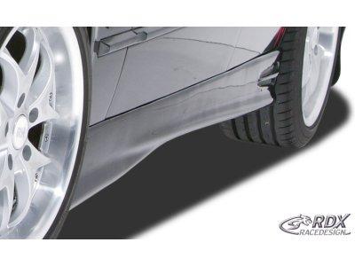 Накладки на пороги GT4 от RDX Racedesign на BMW 3 E36