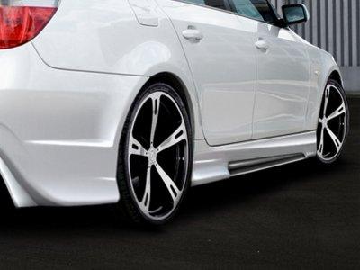 Накладки на пороги Generation V от Maxton Design на BMW 5 E60 / E61