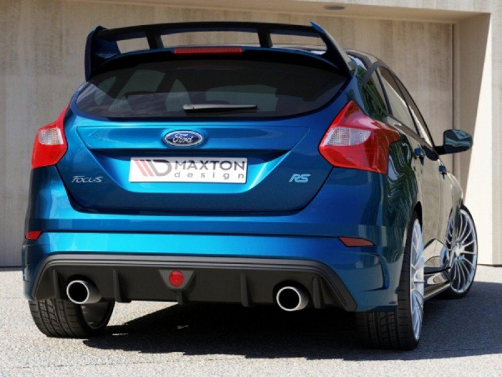 Бампер задний в стиле RS от Maxton Design на Ford Focus III