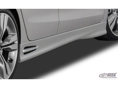 Накладки на пороги GT4 от RDX Racedesign на Hyundai i30 II