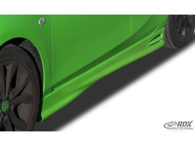 Накладки на пороги GT4 от RDX Racedesign для Mazda 3 BL