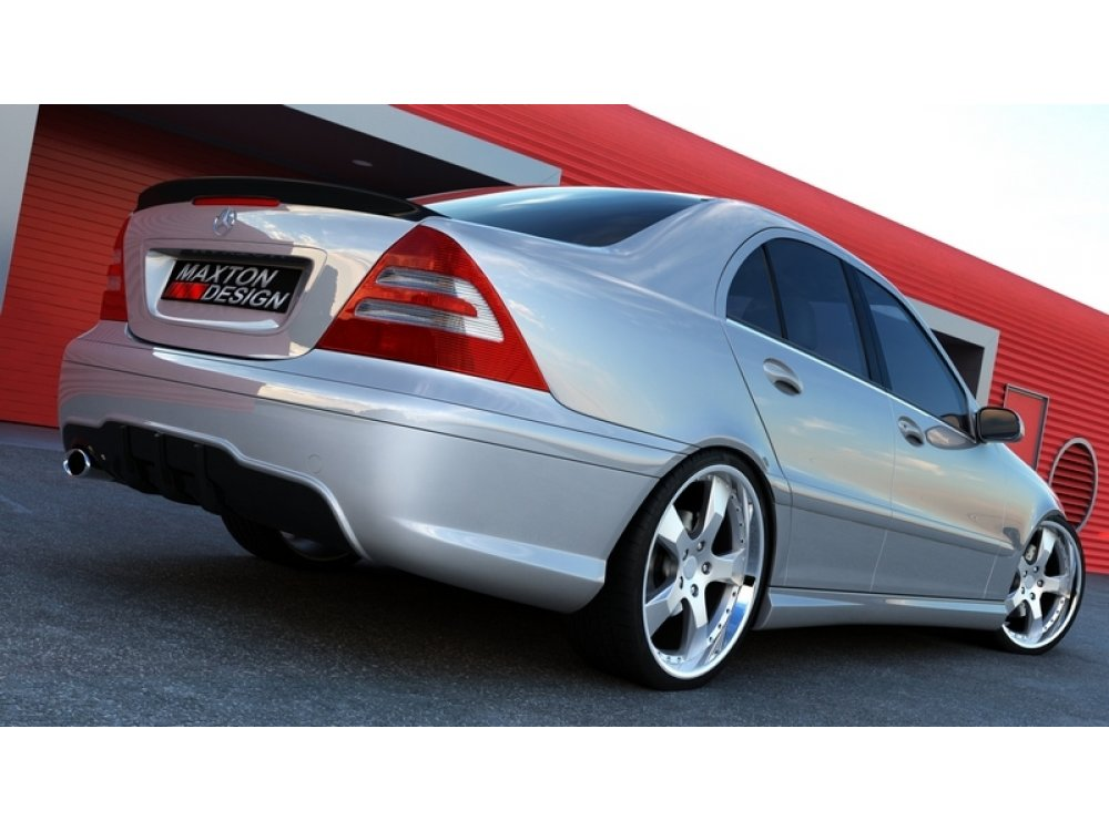 Бампер задний от Maxton Design в стиле AMG C63 для Mercedes C класс W203