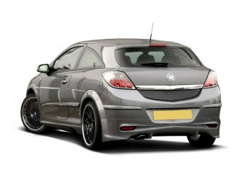 Накладка на задний бампер от Maxton Design на Opel Astra H GTC