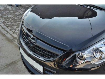 Накладка на капот от Maxton Design на Opel Corsa D