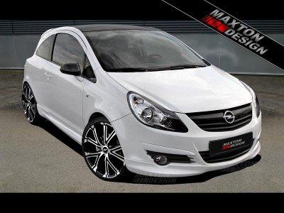 Накладка на передний бампер Var2 от Maxton Design на Opel Corsa D
