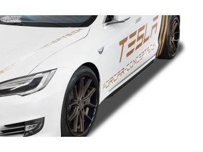 Накладки на пороги от RDX Racedesign на Tesla Model S