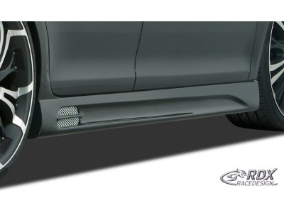 Накладки на пороги GT-Race от RDX Racedesign на VW Golf IV Cabrio