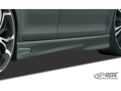 Накладки на пороги GT4 от RDX Racedesign на VW Jetta V