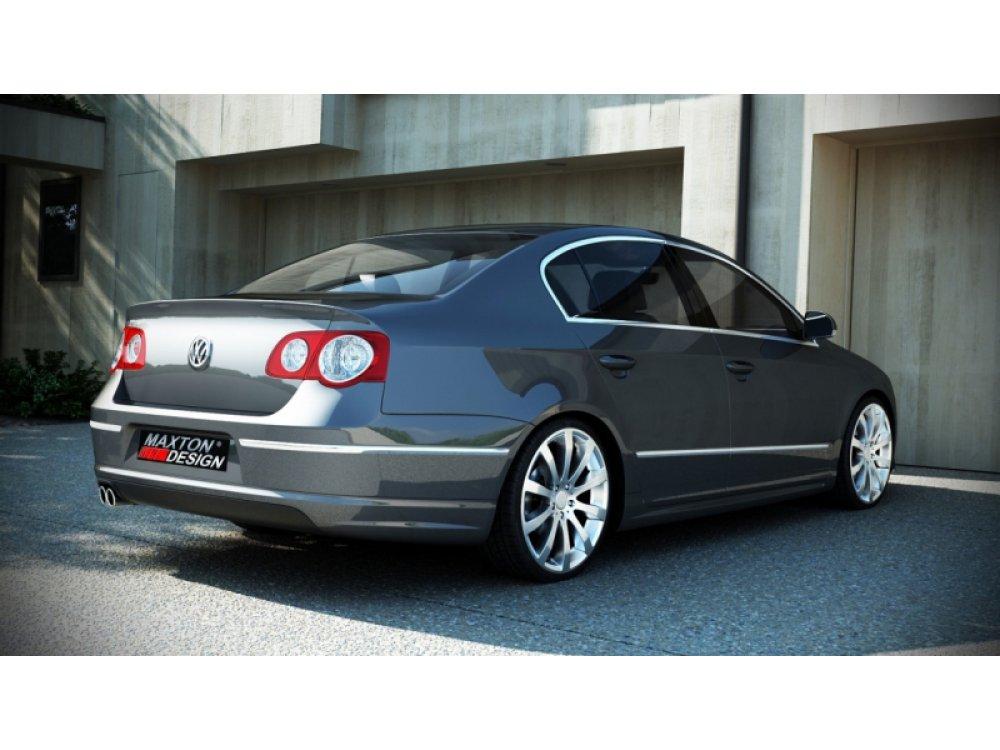 Накладка на задний бампер R-Line Look от Maxton Design на VW Passat B6 3C