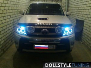 Фары CCFL на Toyota Hilux (г.Казань)