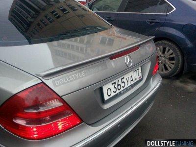 Спойлер на крышку багажника AMG на Mercedes E W211