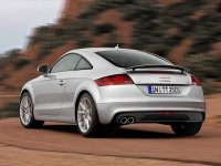 На Audi TT 8J - задняя альтернативная оптика, задние тюнинговые фонари