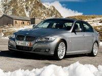 На BMW 3 E90 спортивная регулируемая подвеска, пружины с занижением