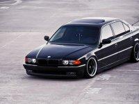 На BMW 7 E38 купить передние альтернативные фары