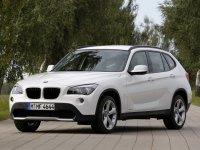 На BMW X1 E84 решётка радиатора
