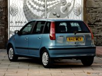 На Fiat Punto задние фонари, альтернативная оптика