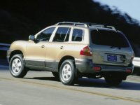 На Hyundai Santa Fe I - задняя альтернативная оптика, тюнинговые фонари