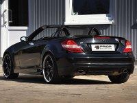 На Mercedes SLK R171 - задние фонари, альтернативная оптика