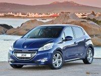 На Peugeot 208 передние альтернативные фары