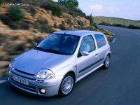 Обвес на Renault Clio II : накладка на передний и задний бампер, пороги