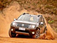 На Renault Duster купить передние альтернативные фары