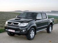 На Toyota Hilux VII купить передние фары, передняя альтернативная оптика