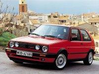 На Volkswagen Golf II с 1983 по 1991 года передние фары и альтернативная оптика