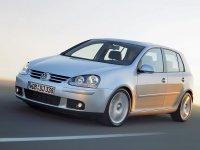 На Volkswagen Golf V передняя альтернативная оптика, фары