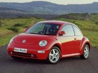 На VW New Beetle передние альтернативные фары