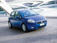 На Fiat Grande Punto купить передние альтернативные фары