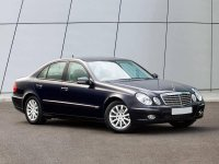 Купить на Mercedes E класс W211 решётку радиатора в наличии по низкой цене