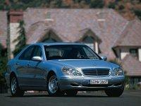 На Mercedes S класс W220 купить передние альтернативные фары