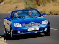 На Mercedes SLK класс R170 купить передние альтернативные фары
