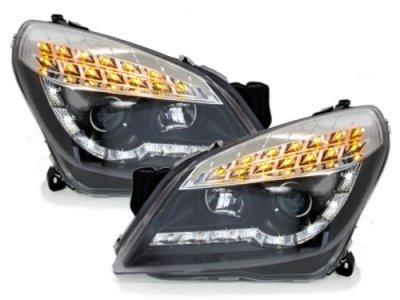 Передние фары LED Dayline Black на Opel Astra H