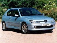 Купить на Peugeot 306 передние альтернативные фары