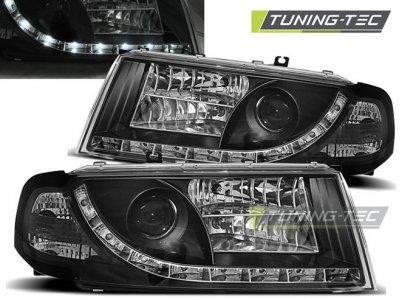 Передние фары Daylight Black от Tuning-Tec на Skoda Octavia I