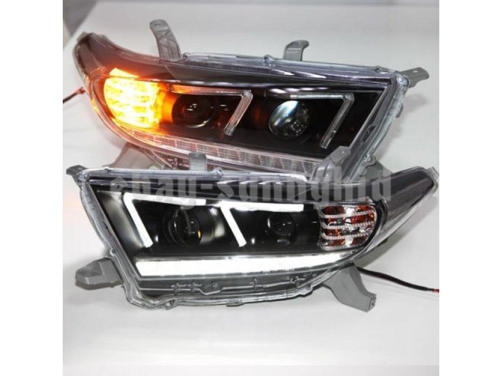 Фары передние Devil Eyes Black Var2 на Toyota Highlander II