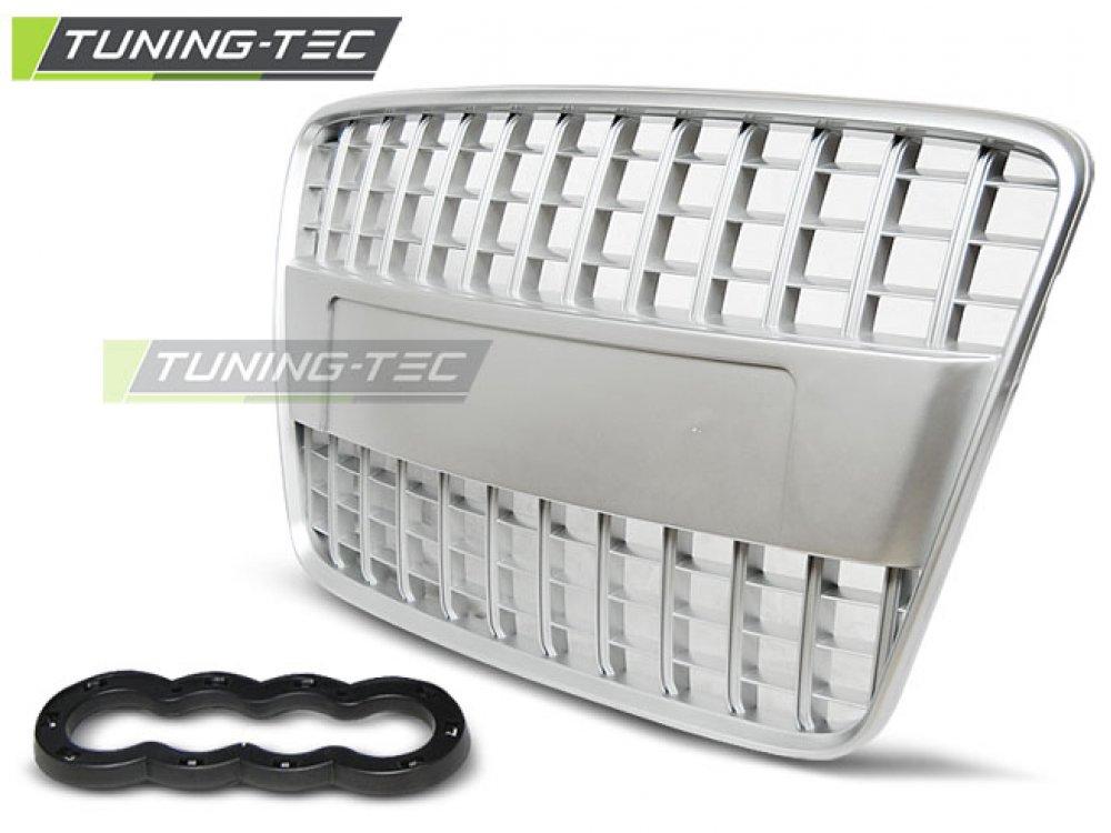 Решётка радиатора S-Line Style Silver на Audi Q7