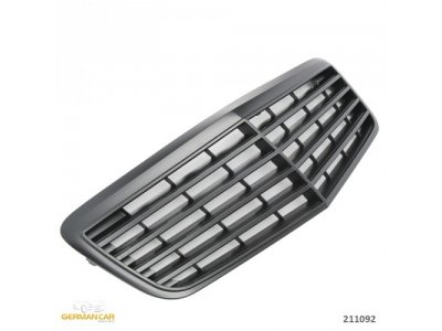 Решётка радиатора Avantgarde Matt Black на Mercedes E класс W211 рестайл