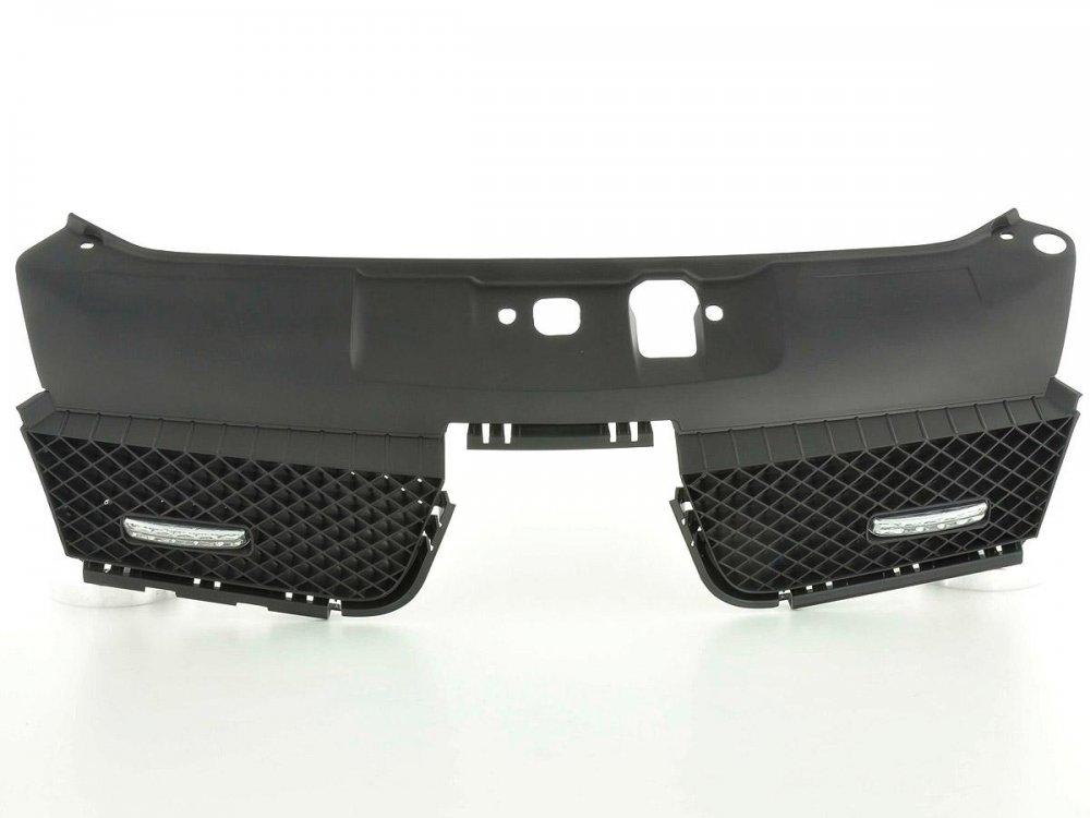 Решётка радиатора от FK Automotive Black с DRL на Renault Clio II