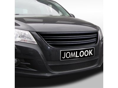Решётка радиатора Black от JOM на VW Tiguan