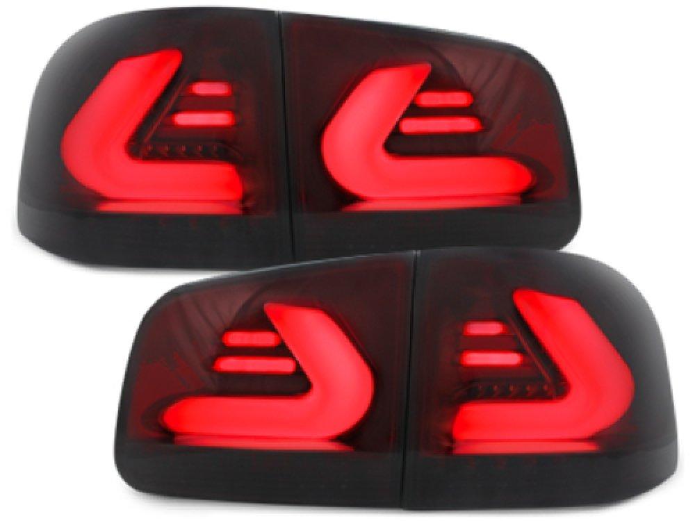 Задние тюнинговые фонари CarDNA Red Smoke на Volkswagen Touareg