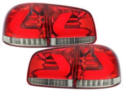 Задние тюнинговые фонари CarDNA Red Crystal на Volkswagen Touareg