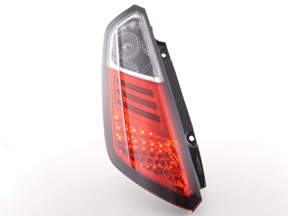 Задние фонари LED Red Crystal на Fiat Grande Punto