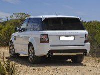 На Range Rover Sport - задняя альтернативная оптика, фонари