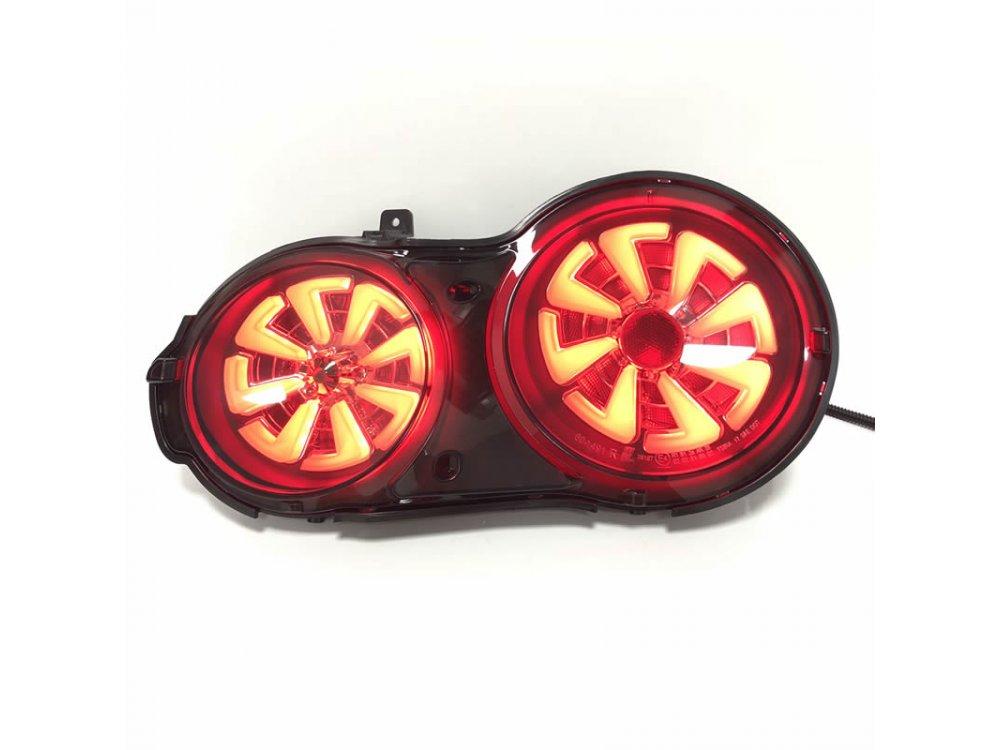 Задние светодиодные тюнинговые фонари LED Black Smoke на Nissan GT-R R35